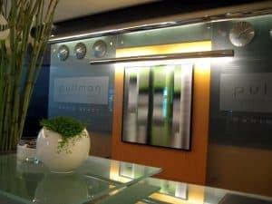 Pullman Bercy Paris front desk