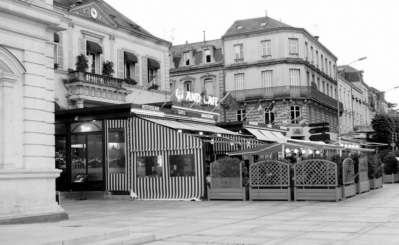 French restaurant cafe
