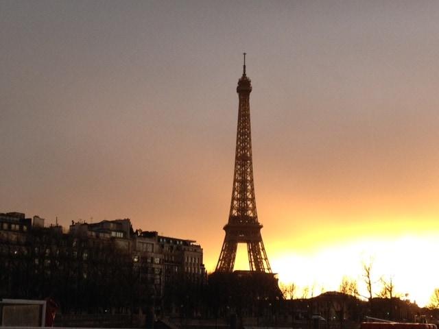 eiffel-tower-after-rain-sunset