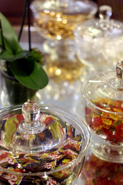 candy-in-glass-dishes