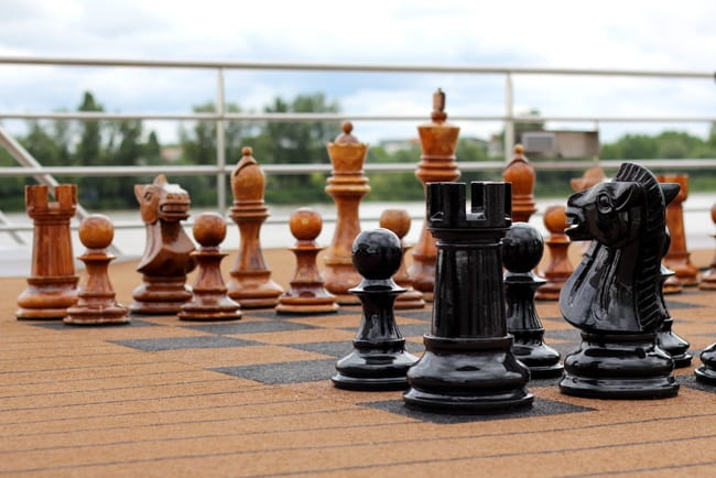 uniworld-chess-board