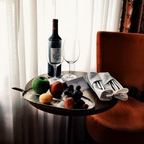 uniworld-river-royale-welccome-fruit