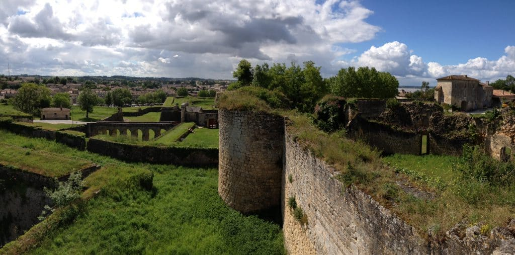 blaye-france-citadel-panorama