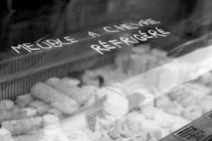 paris-cheese-vendor