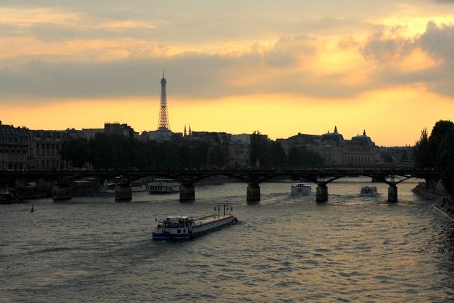paris-seine-view