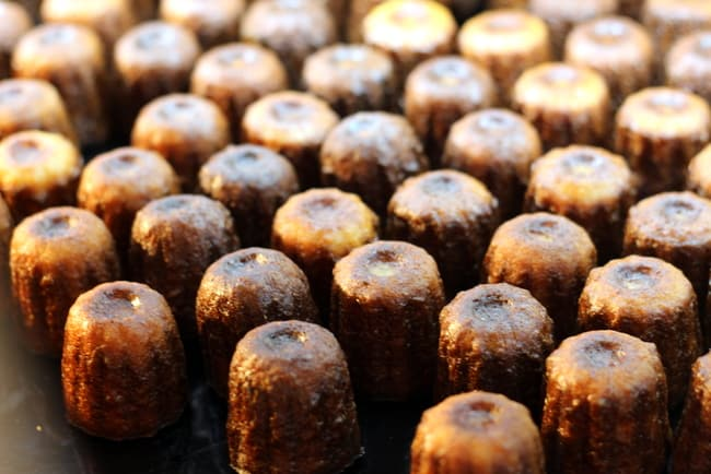 caneles-french-pastry-bordeaux