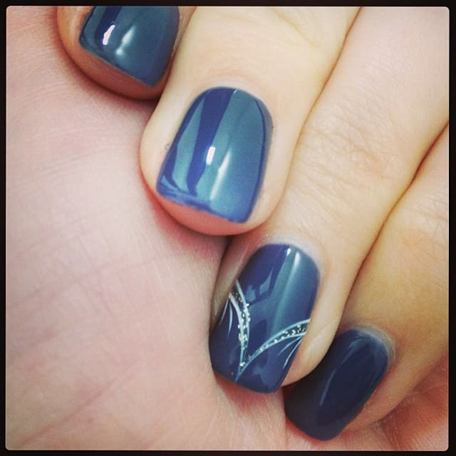 nails-french-women