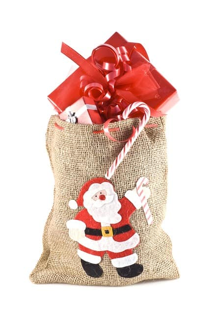 christmas-kids-gifts-old-643977_640