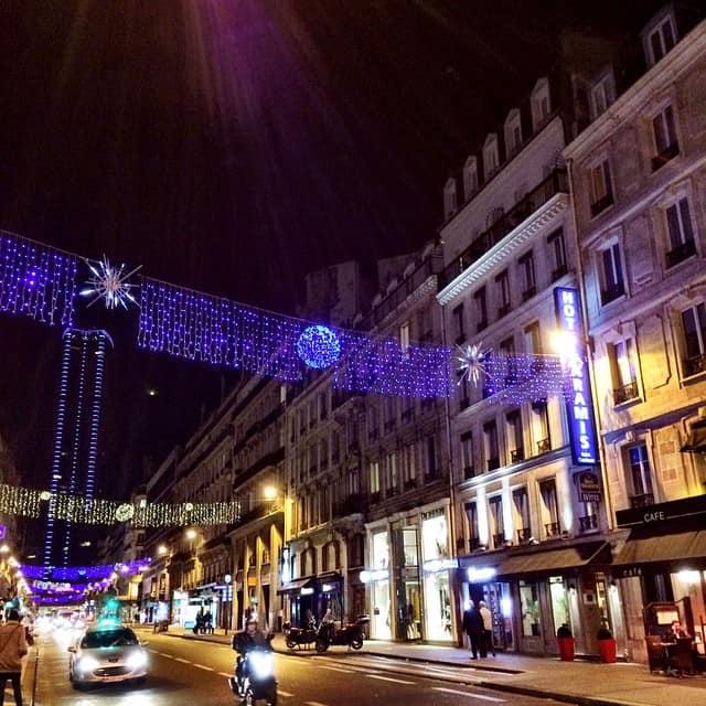 paris montparnasse at night