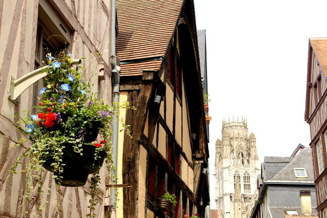 rouen normandy charming streets