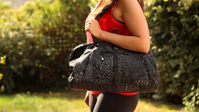 fabletics shift bag review