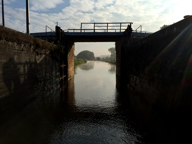 lock-france-canal-nicols
