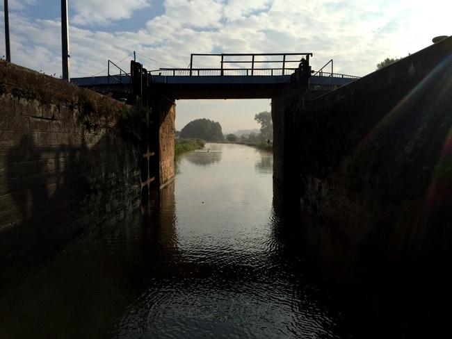 lock-france-canal-nicols