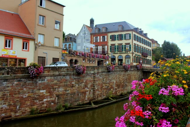 saverne-france-canal-flowers