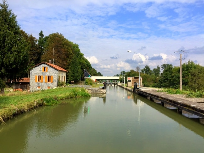 canal-lock-france