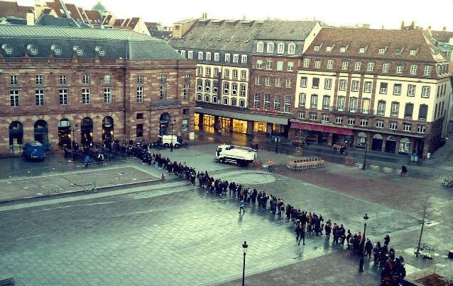 strasbourgstarbucks big line