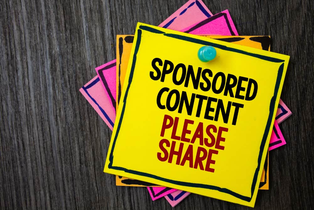 why bloggers do sponsored content