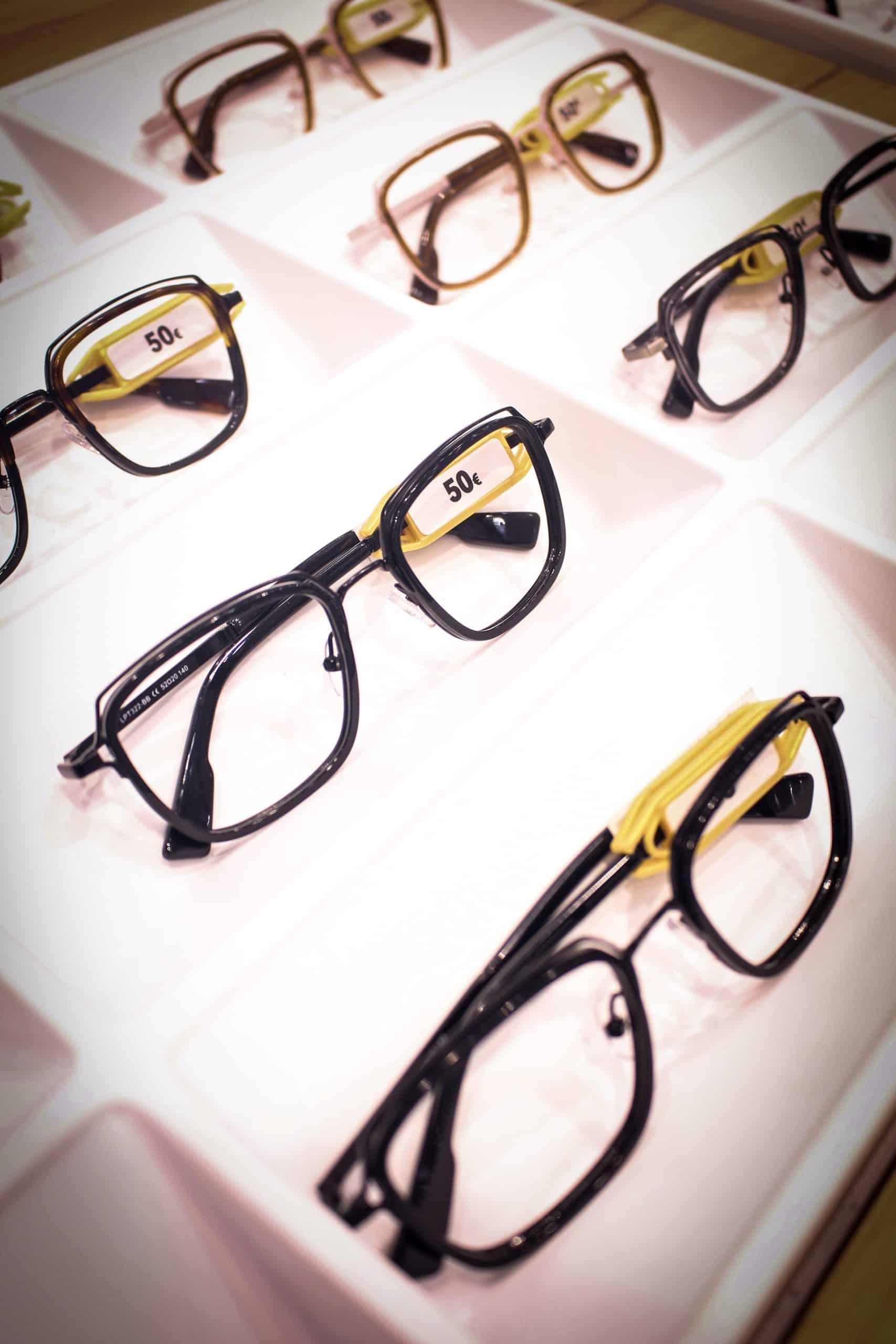 glasses options at lunettes pour tous
