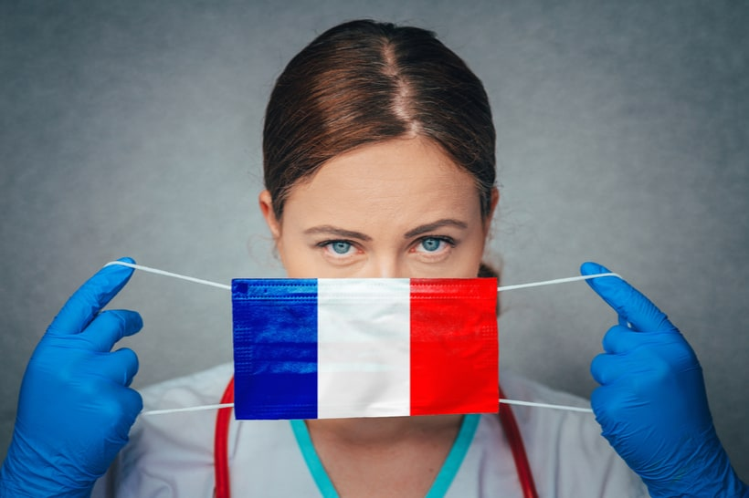 wearing mask in france language comprehension