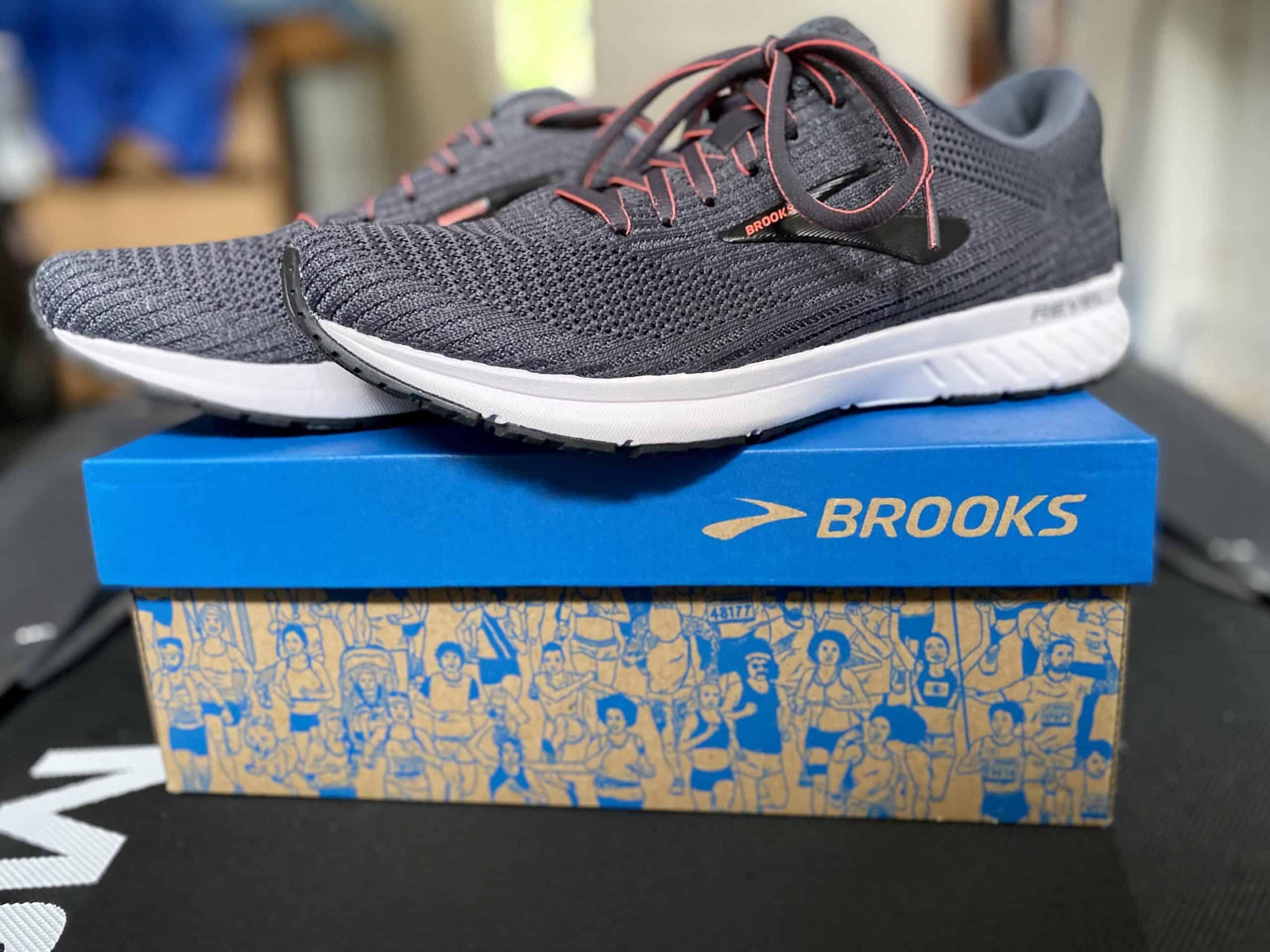 best running shoes brooks revel 3