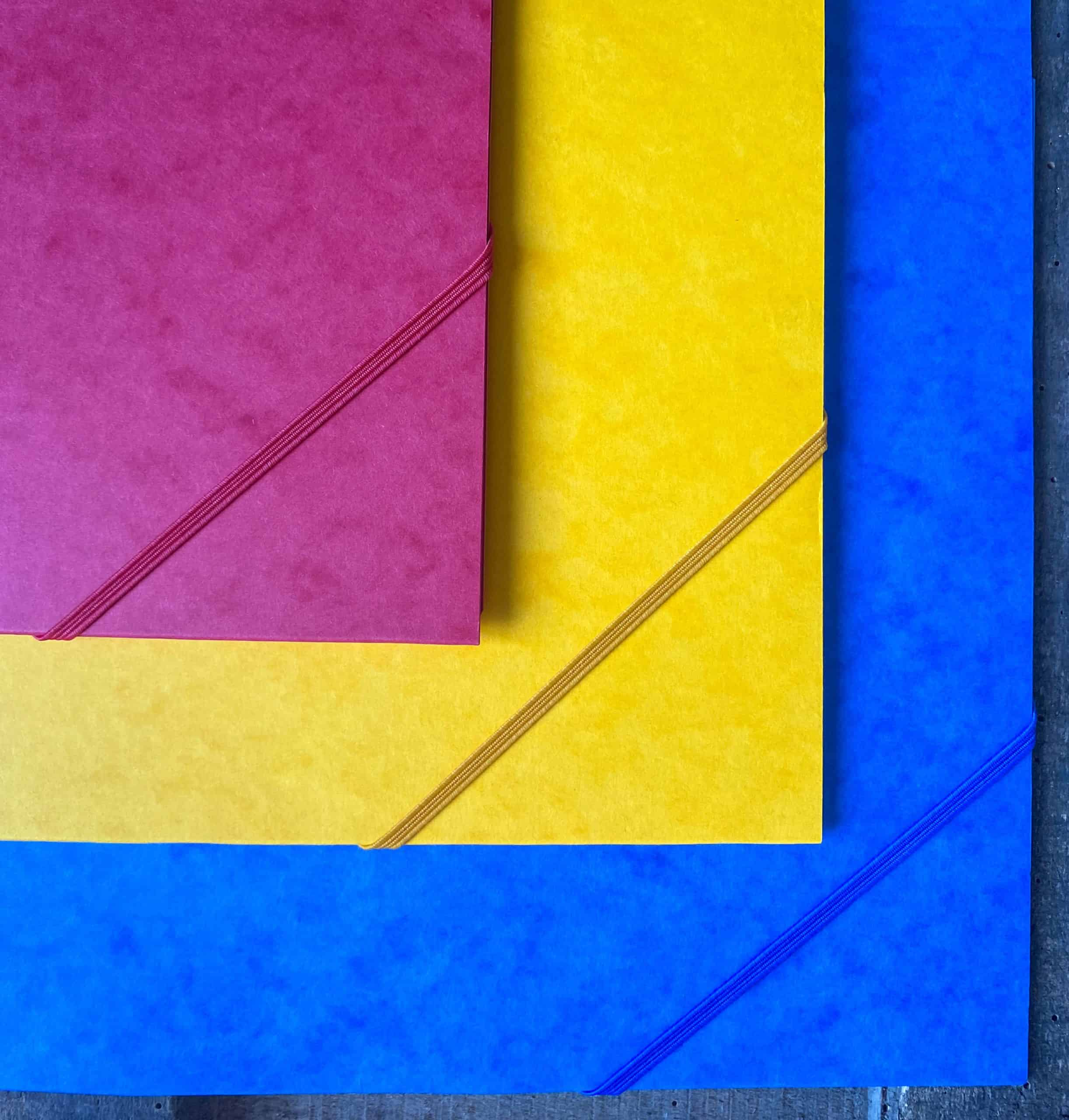 french folders with elastic