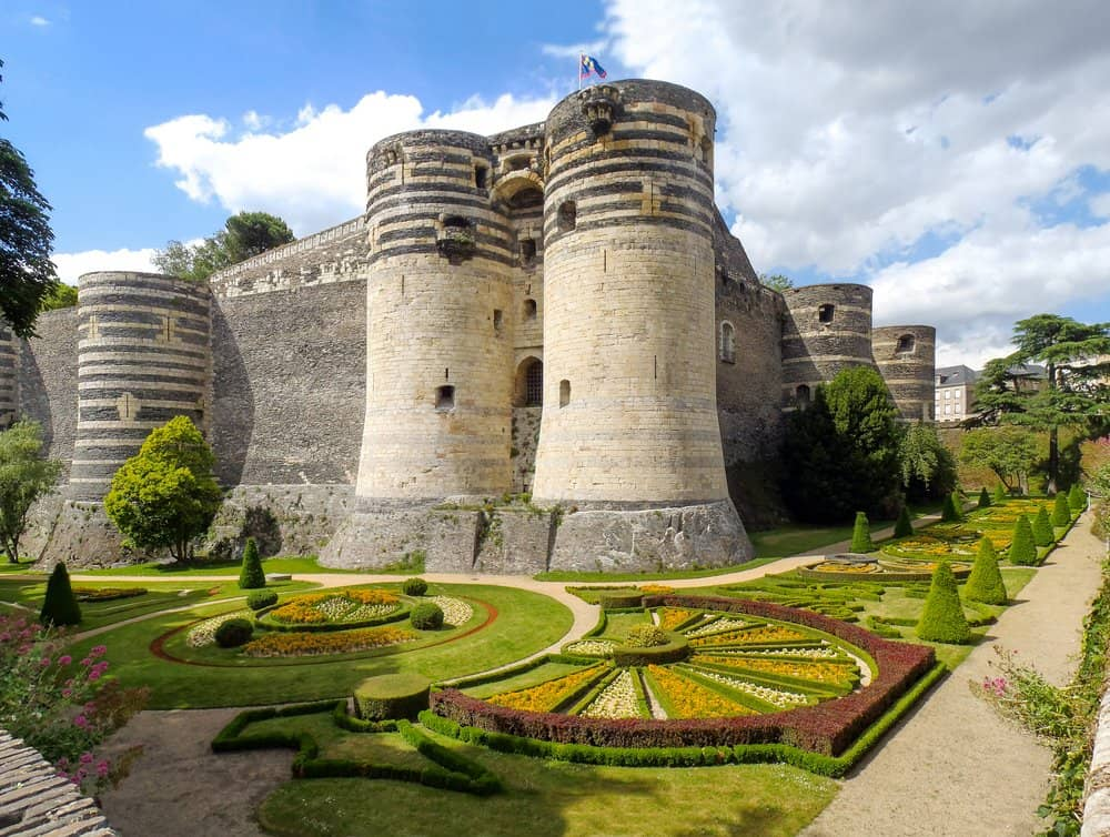 castles in france chateau d'angers