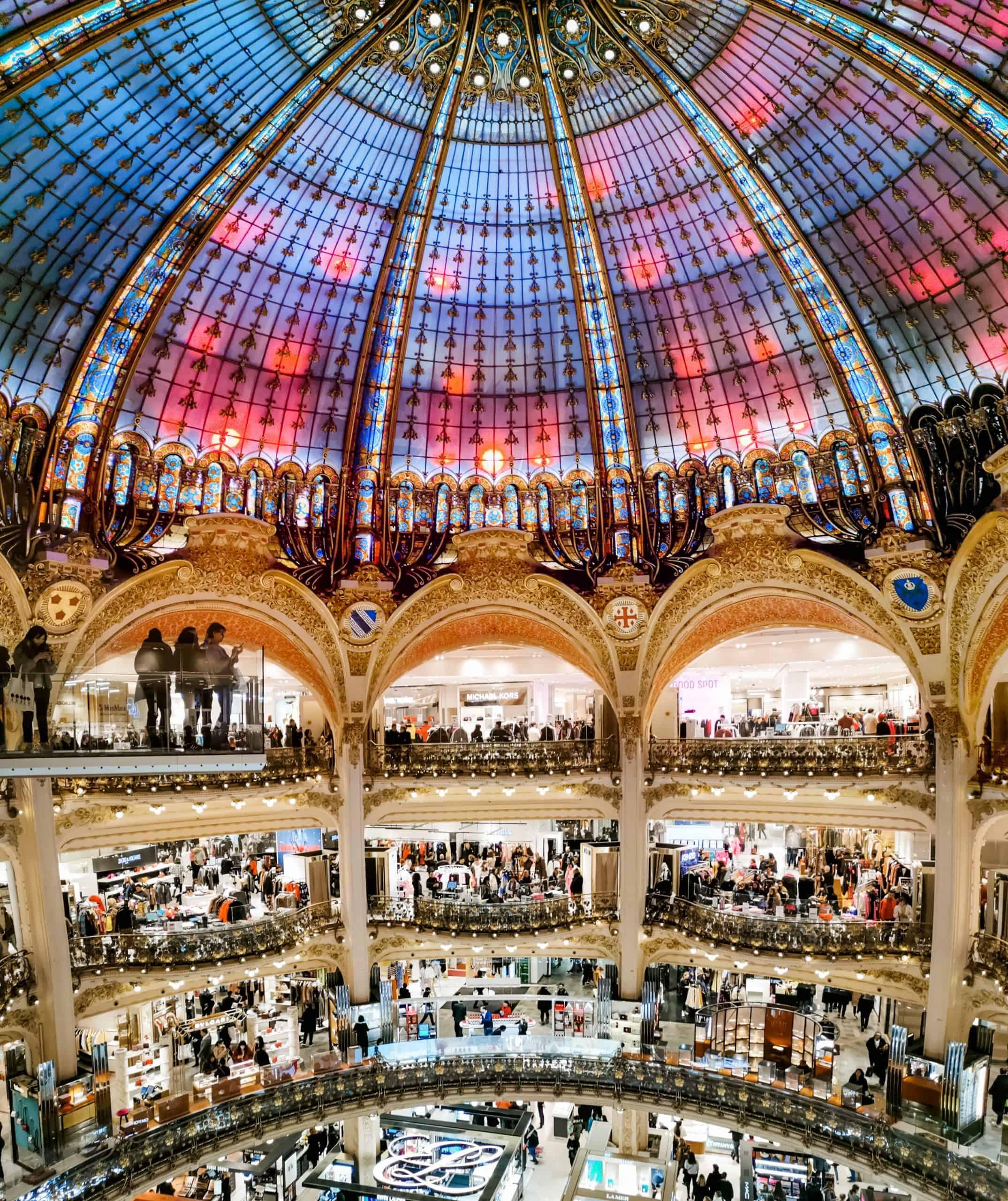 galeries lafayette paris atrium catwalk