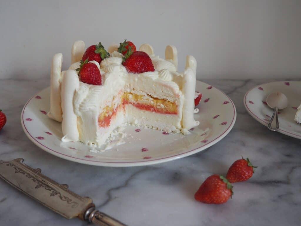 vacherin french pastry cake